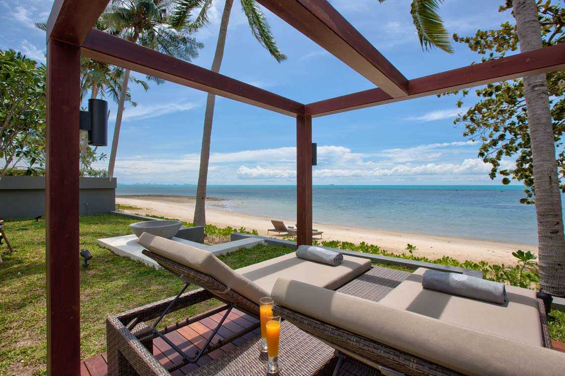 Villa Nueng - Luxury Beachfront Villas Laem Yai Beach